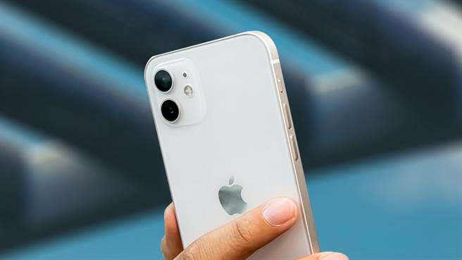 iPhone 12一枝獨秀成2021Q1手機銷量冠軍。(傑昇通信提供/黃慧雯台北傳真)
