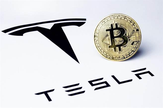 挖礦不夠環保,馬斯克宣告特斯拉即刻暫停比特幣購車方案。圖/本報系資料照片