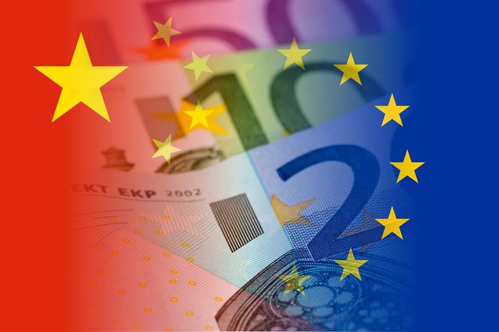 德媒呼籲,歐洲不能被幼稚的對華政策誘惑而採取貿易保護主義,不能被美國利用來當作與中國脫鉤的工具,必須堅持一個價值觀導向的外交政策,其中包括自由市場經濟的價值觀。(圖/Shutterstock)