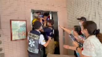 电梯故障 燕巢14名国小学童与老师一度被困