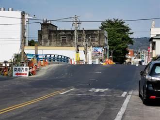 員林市改建橋面變「拱橋」落差超過1公尺 議員批:鬼遮眼