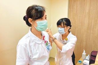台南搶打疫苗 人數激增2倍