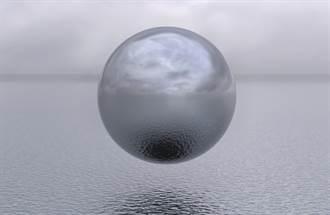 影》新片曝球形UFO盤旋入海 美海軍驚爆已成日常