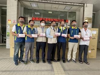 台南市政府支援社區藥局10萬片口罩 藥師:可能馬上被搶光