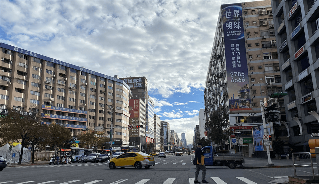 純住宅還是住商混合?網曝:交通方便、生活機能佳高CP值?