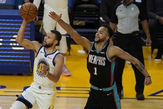 NBA》勇士保住西區老八 柯瑞飆46分摘得分王