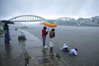 熱帶氣旋陶特襲印度釀8死  西岸15萬居民將撤離