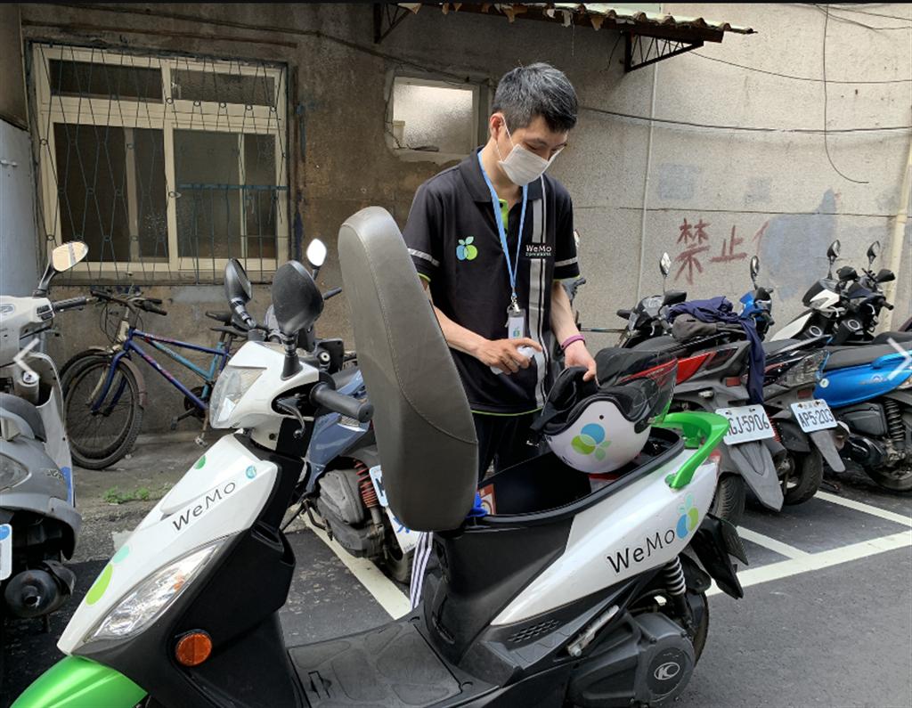 針對高頻率使用車輛,WeMo Scooter 滾動式增加消毒次數,確保消費者安心騎乘。