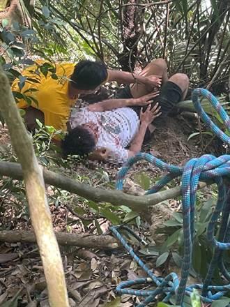 獅潭分駐所員警 救援失足山友送醫