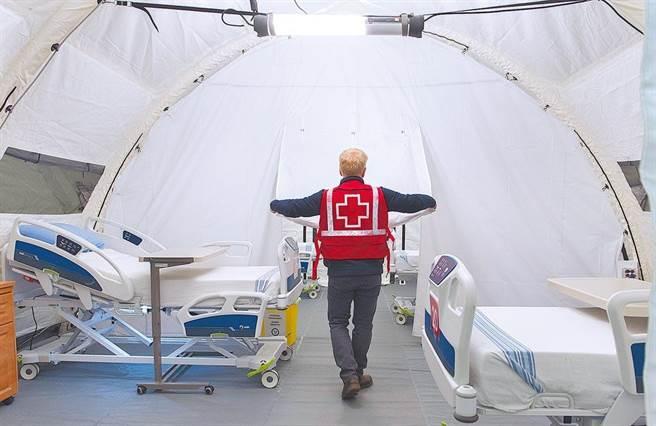 图为加拿大行动医院帐篷。(美联社)