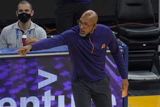 NBA》太陽教頭蒙提威廉斯獲選年度最佳教練殊榮