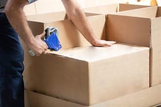 搬家工送貨遭嫌「家具沒消毒」硬砍價 淚訴:又做白工了