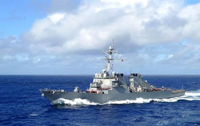 美國第七艦隊驅逐艦柯蒂斯號(USS Curtis Wilbur DDG-54)昨(18日)通過台灣海峽,這也是拜登政府上任以來以來,美艦第五次通過台海。(翻攝自USS Curtis Wilbur DDG-54官網)