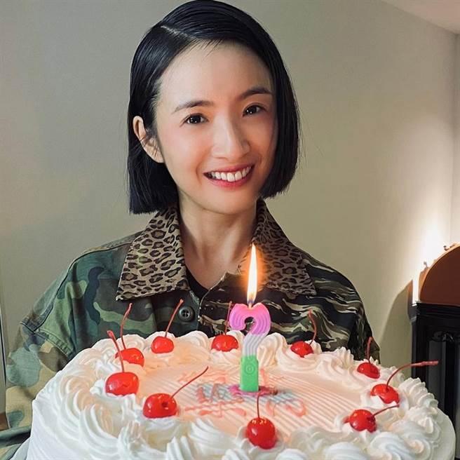 有網友爆料當年小龍女第一人選其實是女星林依晨,但她疑似因片酬低拒演。(圖/ 摘自林依晨IG)