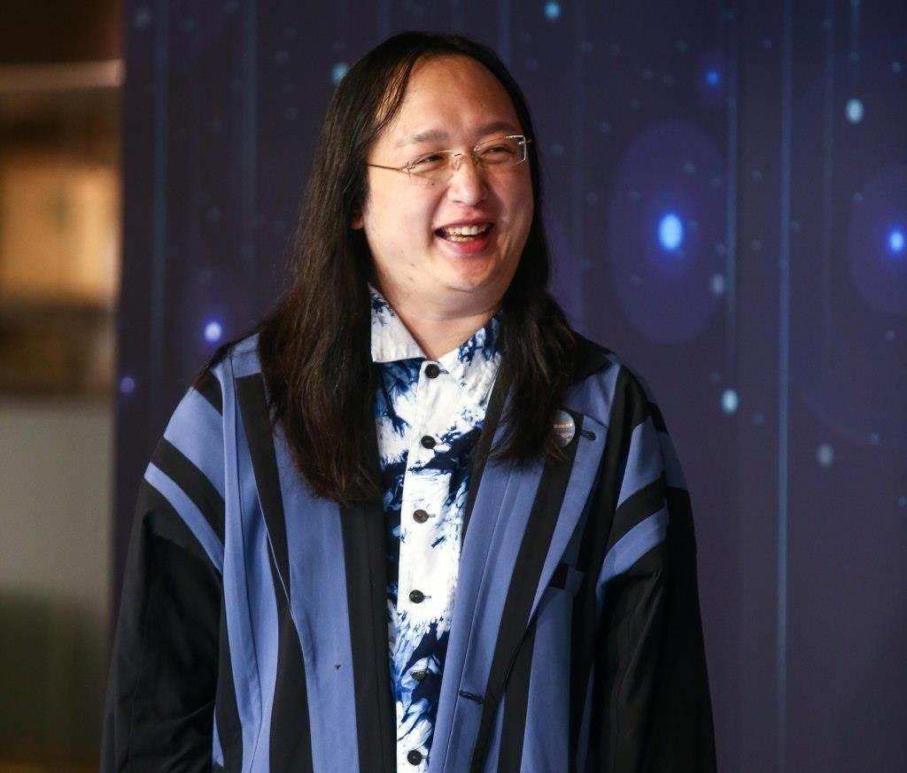 有網友向唐鳳「許願」,希望台灣參考歐洲國家製作實聯制APP,引來唐鳳親自回應「已經在趕工了」。(圖/中時資料庫)