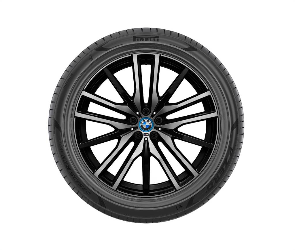 Pirelli與BMW合作推出P Zero環保輪胎 符合FSC森林認證