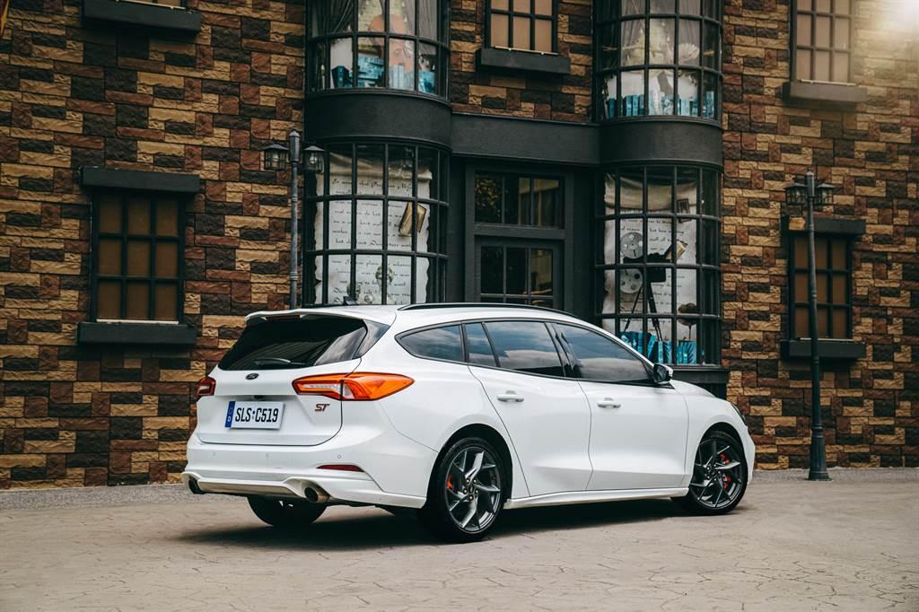 Focus ST Wagon – SLS Edition搭載專屬eLSD電子式限滑差速器,恣意征服彎道的極致快感。