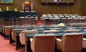 立院三讀通過《攬才專法修正案》全球前五百大畢業生來台工作免2年經驗