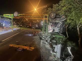 國3北上新竹段大貨車翻覆 5車連撞1人無呼吸心跳