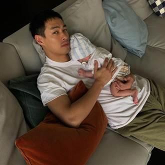 楊祐寧在家開心伴妻女 爸媽免費便當贈醫護送暖