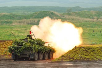 日陸上自衛隊展開 年度最大實彈演習