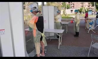 網傳新北快篩站醫護只穿「拋棄式雨衣」 侯友宜強調:穿的是防潑水醫療防護衣