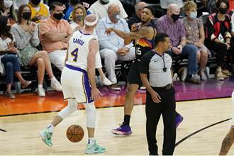 NBA》湖人與太陽爆衝突 派恩撞翻卡魯索遭驅逐