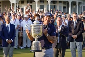 高球史第一人!米克森50歲摘下PGA錦標賽冠軍