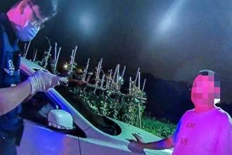 酒醉男擾人清夢不戴口罩 被查出是通緝犯