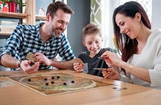 防疫對策》宅在家玩什麼?快看主機遊戲、桌遊、樂高懶人包