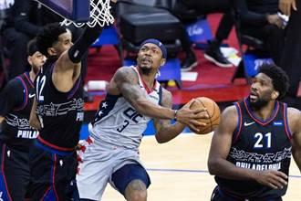 NBA》七六人打巫師好無聊?巴克利看到睡著