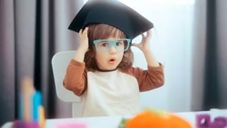 3歲天才女童「IQ高達142」僅次於愛因斯坦 眾人驚呆