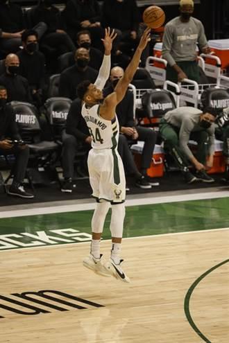 NBA》公鹿半場創兩紀錄 大贏熱火34分