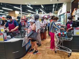 採買擠爆超市 地方社團號召「2步驟分流」救群聚