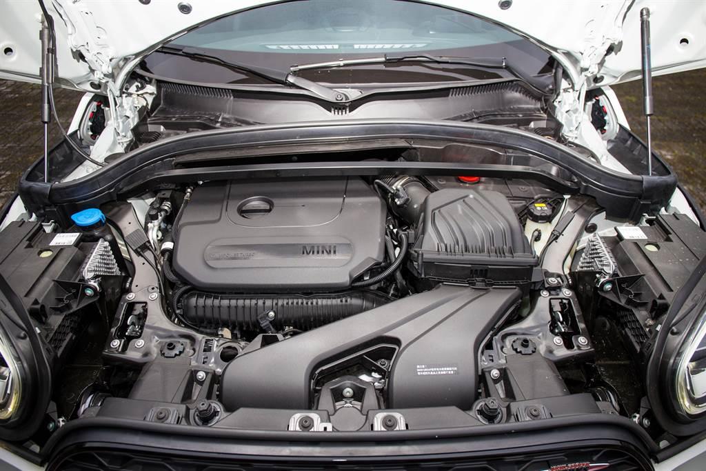 國內首次引進這套動力系統的車型為BMW X2 M35i,而MINI品牌則是在JCW Clubman,輸出均為306hp/450Nm。
