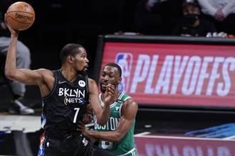 NBA》五巨頭聯手 籃網擊潰塞爾提克2比0領先