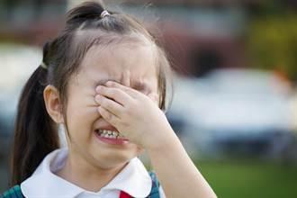 3歲女童被幼稚園老師罰吃大便 悲吐:用衛生紙沾