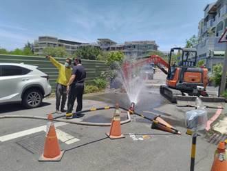 台南住宅區飄瓦斯味 中華電信電纜施工挖斷瓦斯管線引虛驚