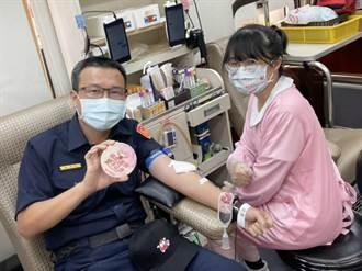 疫情加重血荒 白河波麗士挽袖捐熱血