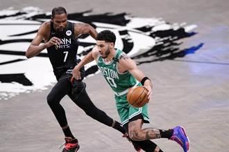 NBA》不爽戳眼沒吹 塔圖怒嗆裁判只給KD球星哨