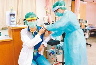 潘孟安:疫苗到快打 饒慶鈴:瞞疫調開罰