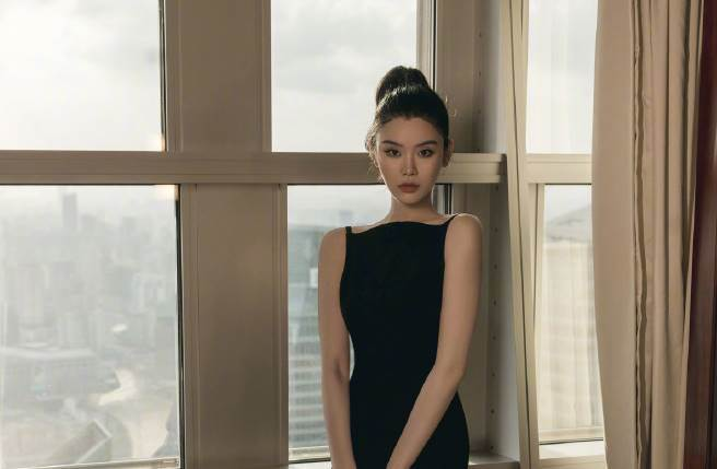 奚夢瑤不只是著名超模代表,她還是一位幸福媽咪。(圖/取材自Ming奚夢瑤微博)