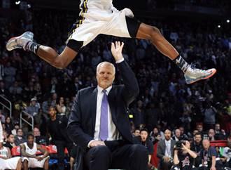 NBA第一火鍋王 前爵士中鋒伊頓車禍去世