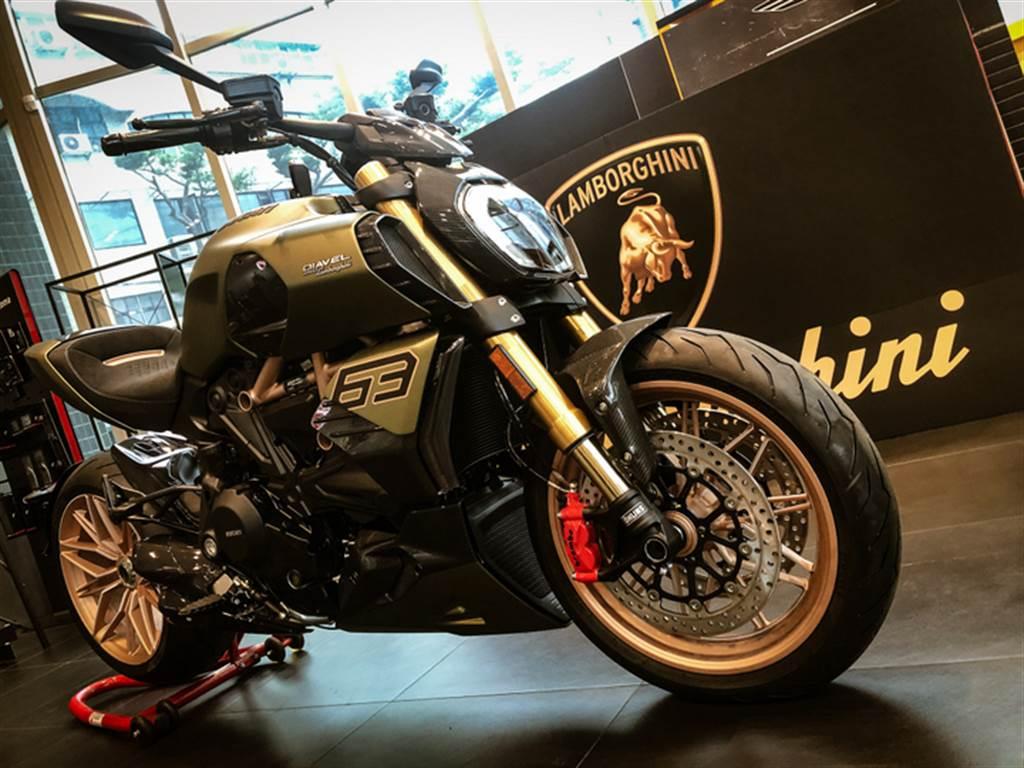 全台只有兩台 Ducati Diavel 1260 Lamborghini 低調在台亮相
