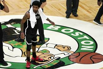 NBA》刻意挑釁綠軍球迷?厄文離場前被丟水瓶