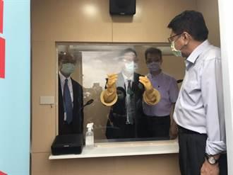 彰基捐屏東可移動式戶外正壓採檢站 於東港快篩站6月1日啟用