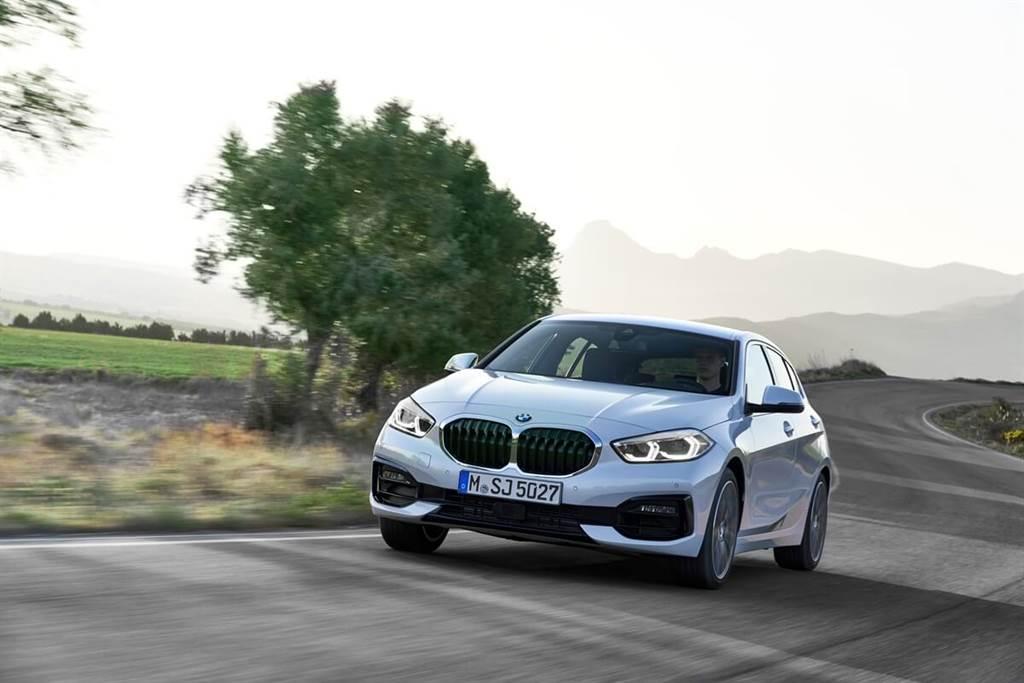BMW 2021夏季產品更新通報 M440i將開始提供後輪驅動車型