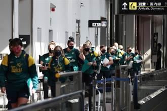 東奧第一批海外選手抵日 澳洲女壘直奔集訓地
