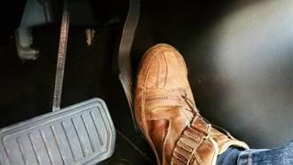 踩錯踏板怪特斯拉?陸工信部打臉網友:買車前先搞懂怎麼開吧!