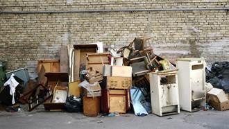 她名下擁2棟房 卻迷上「這件事」將豪宅堆成垃圾屋